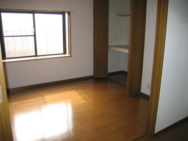 サザンヒルズ  C号室 洋室