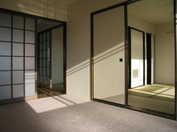 サンハイツ 202号洋室から見た室内
